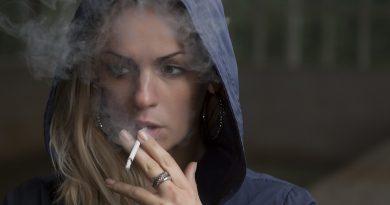 'E-sigaret helpt beter bij stoppen met roken dan andere middelen'