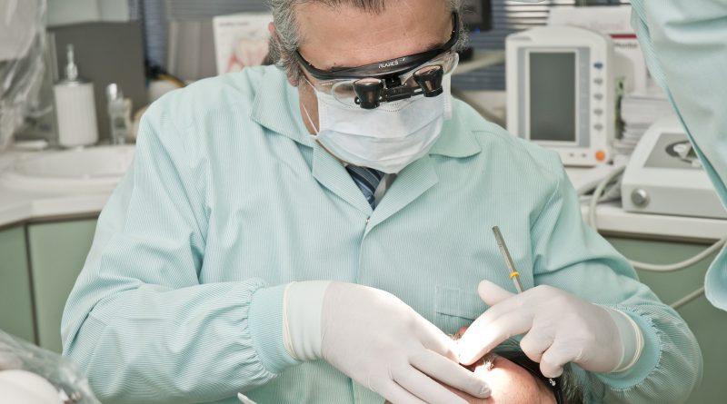 Behandeling bij kaakchirurg